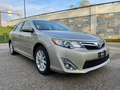 2013 Toyota Camry Hybrid for sale at Auto Gallery LLC in Burlington WI