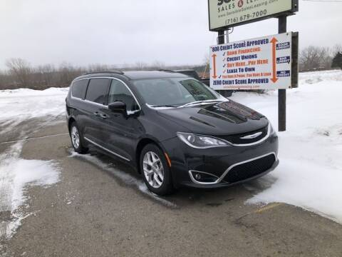 2017 Chrysler Pacifica for sale at Sensible Sales & Leasing in Fredonia NY