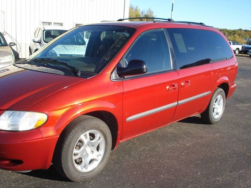 2002 Dodge Grand Caravan for sale at North Star Auto Mall in Isanti MN