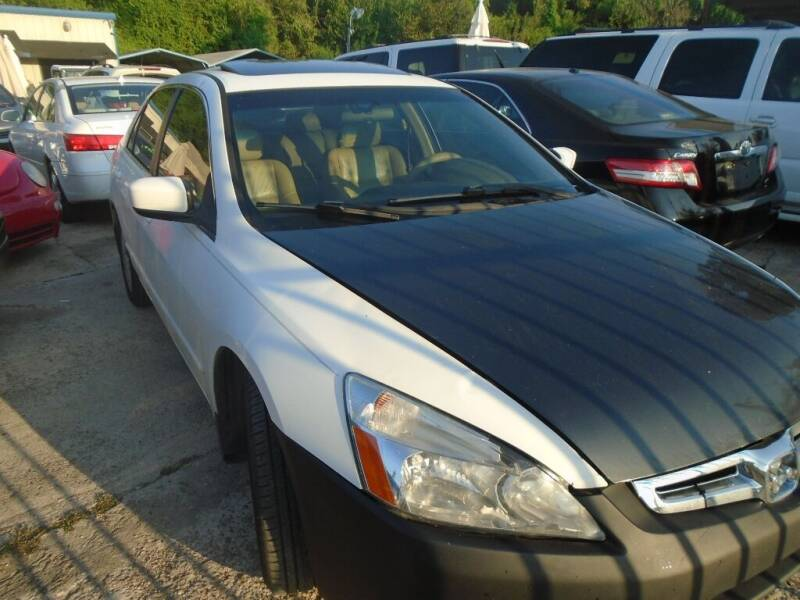 2005 Honda Accord for sale at SCOTT HARRISON MOTOR CO in Houston TX