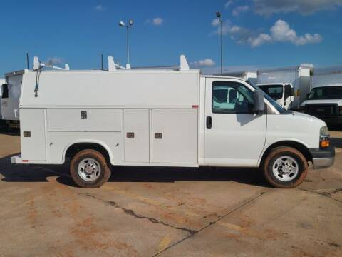2014 Chevrolet Express Cutaway for sale at TRUCK N TRAILER in Oklahoma City OK