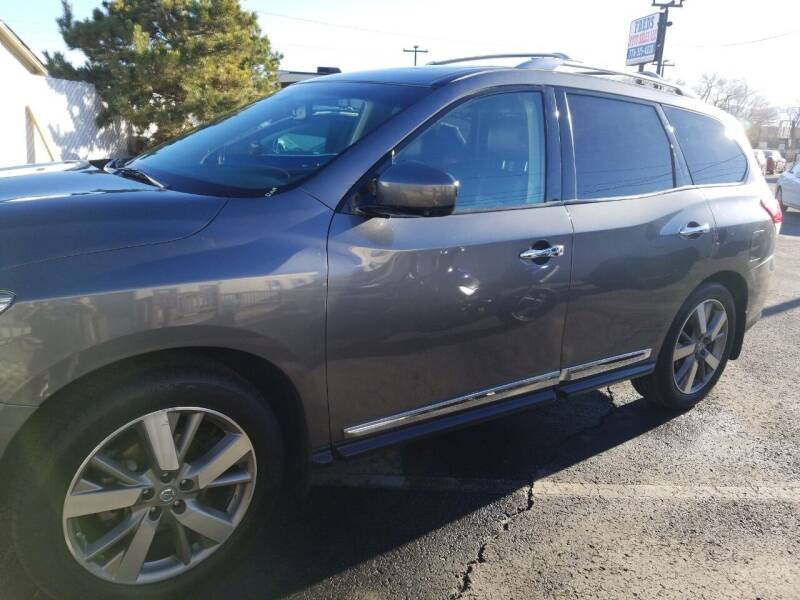 2015 Nissan Pathfinder for sale at Freds Auto Sales LLC in Carson City NV