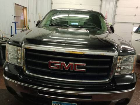 2008 GMC Sierra 1500 for sale at WB Auto Sales LLC in Barnum MN