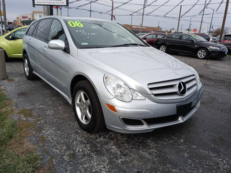 2006 Mercedes-Benz R-Class for sale at Arak Auto Group - Arak Auto Broker in Kankakee IL