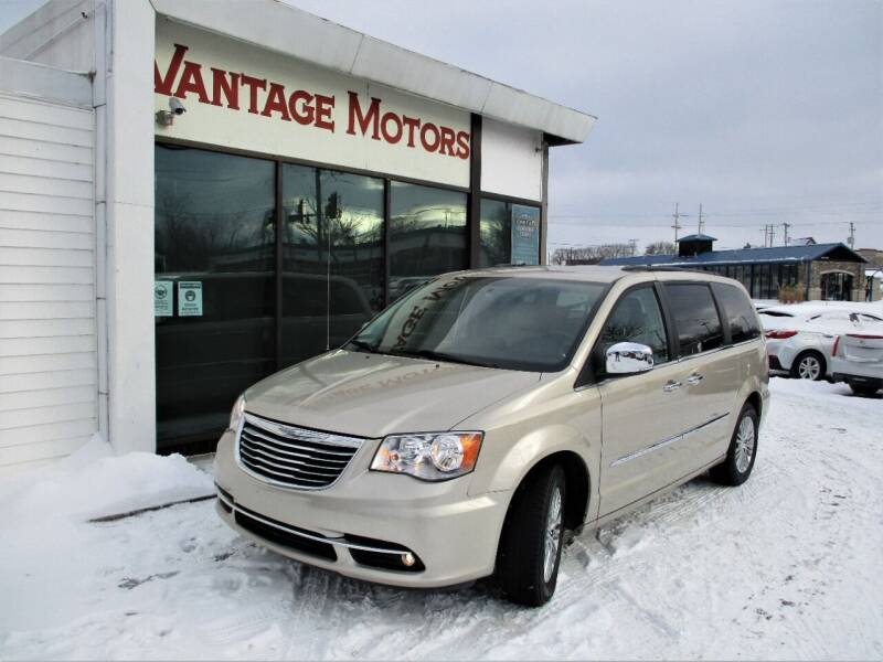 2013 Chrysler Town and Country for sale at Vantage Motors LLC in Raytown MO