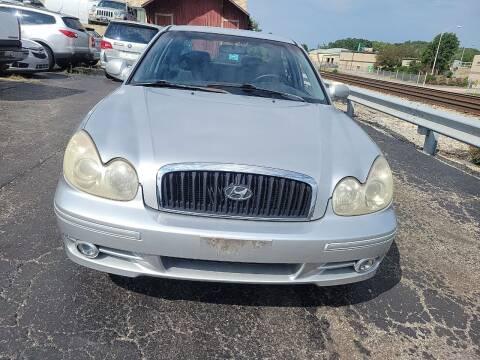 2004 Hyundai Sonata for sale at Discovery Auto Sales in New Lenox IL