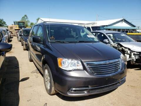2015 Chrysler Town and Country for sale at Varco Motors LLC - Builders in Denison KS