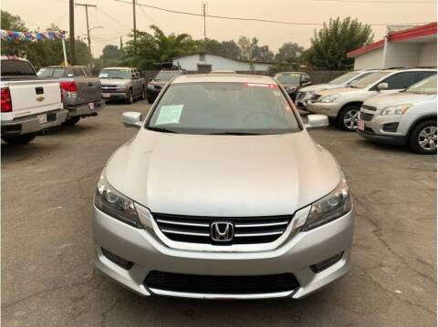2014 Honda Accord for sale at Dealers Choice Inc in Farmersville CA