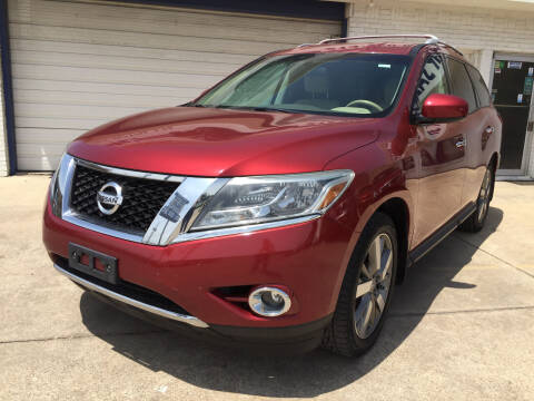 2013 Nissan Pathfinder for sale at Best Royal Car Sales in Dallas TX
