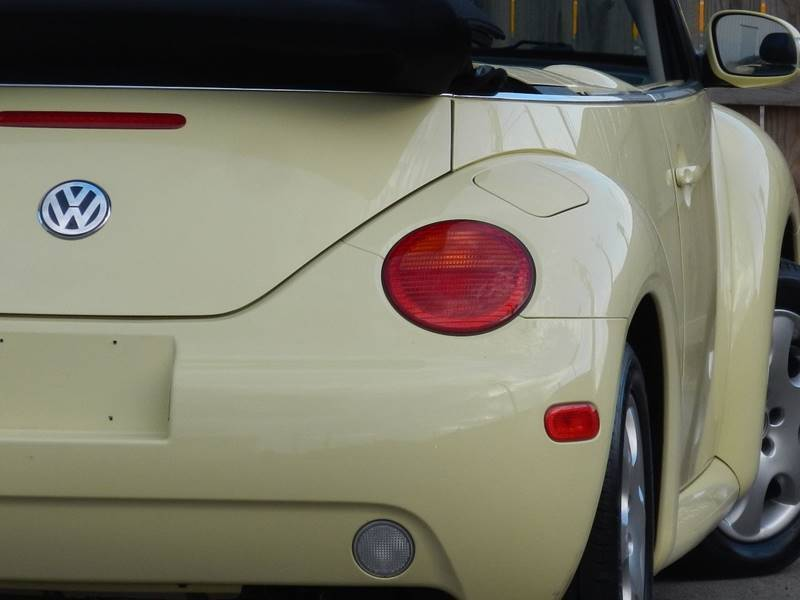 2003 Volkswagen New Beetle Convertible for sale at Moto Zone Inc in Melrose Park IL