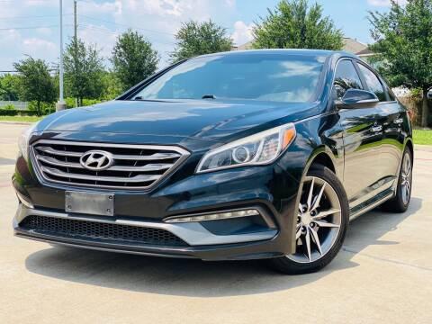 2015 Hyundai Sonata for sale at AUTO DIRECT in Houston TX