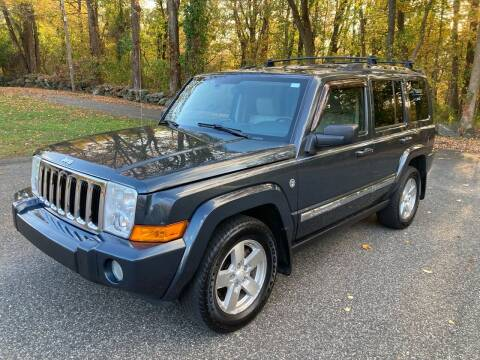 2007 Jeep Commander for sale at Lou Rivers Used Cars in Palmer MA