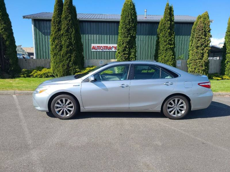 2015 Toyota Camry Hybrid for sale at AUTOTRACK INC in Mount Vernon WA