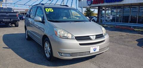 2005 Toyota Sienna for sale at I-80 Auto Sales in Hazel Crest IL