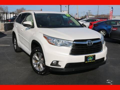 2015 Toyota Highlander for sale at AUTO POINT USED CARS in Rosedale MD