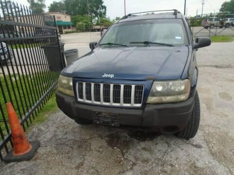 2004 Jeep Grand Cherokee for sale at SCOTT HARRISON MOTOR CO in Houston TX