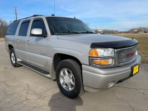 2005 GMC Yukon XL for sale at Sunshine Auto Sales in Menasha WI