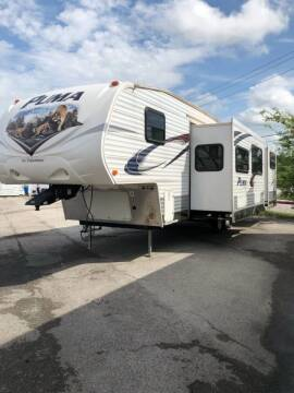 2012 Palomino Puma 295KBH Bunkhouse for sale at Ultimate RV in White Settlement TX