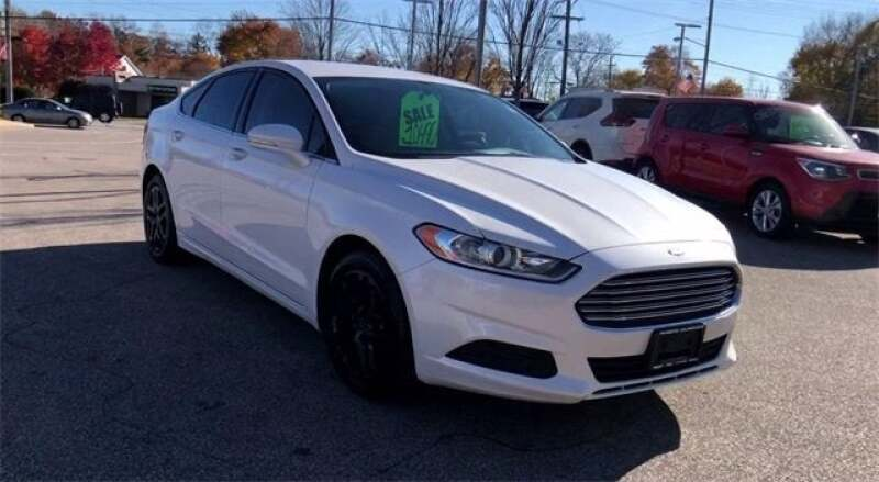 2015 Ford Fusion SE 4dr Sedan - North Olmsted OH