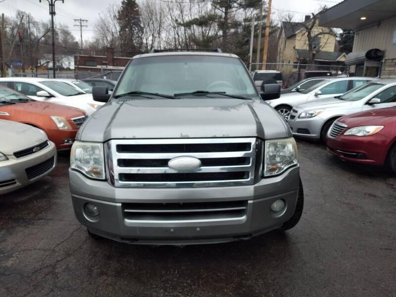 2008 Ford Expedition EL for sale at Six Brothers Auto Sales in Youngstown OH