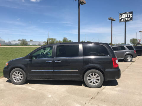 2011 Chrysler Town and Country for sale at Lanny's Auto in Winterset IA