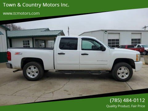 2011 Chevrolet Silverado 1500 for sale at Town & Country Motors Inc. in Meriden KS