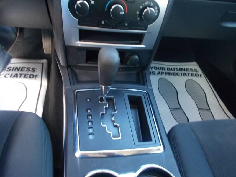 2009 Chrysler 300 LX 4dr Sedan - Keyport NJ