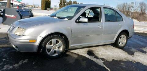 2004 Volkswagen Jetta for sale at Geareys Auto Sales of Sioux Falls, LLC in Sioux Falls SD