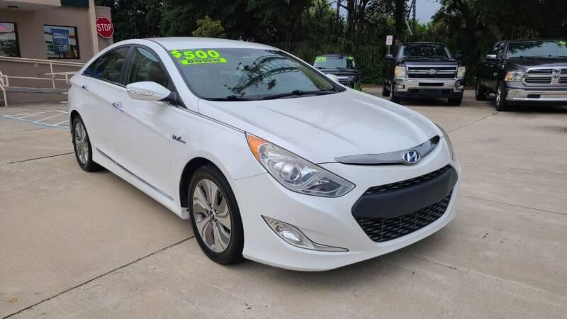 2013 Hyundai Sonata Hybrid for sale at Dunn-Rite Auto Group in Longwood FL
