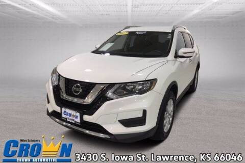 2017 Nissan Rogue for sale at Crown Automotive of Lawrence Kansas in Lawrence KS