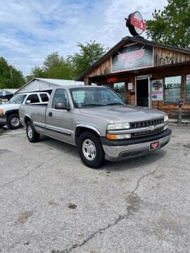 2000 Chevrolet Silverado 1500 for sale at LEE AUTO SALES in McAlester OK