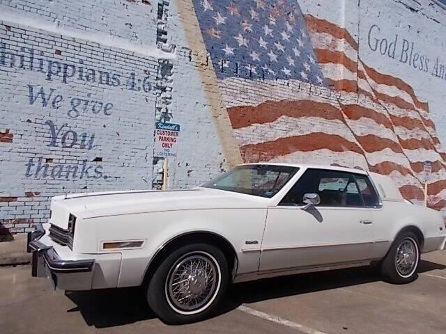 1985 Oldsmobile Toronado for sale at LARRY'S CLASSICS in Skiatook OK