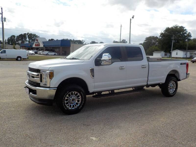 2019 Ford F-250 Super Duty for sale at Young's Motor Company Inc. in Benson NC