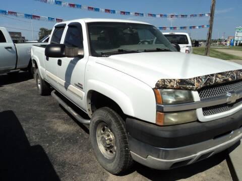 2004 Chevrolet Silverado 2500HD for sale at J & L Sales LLC in Topeka KS