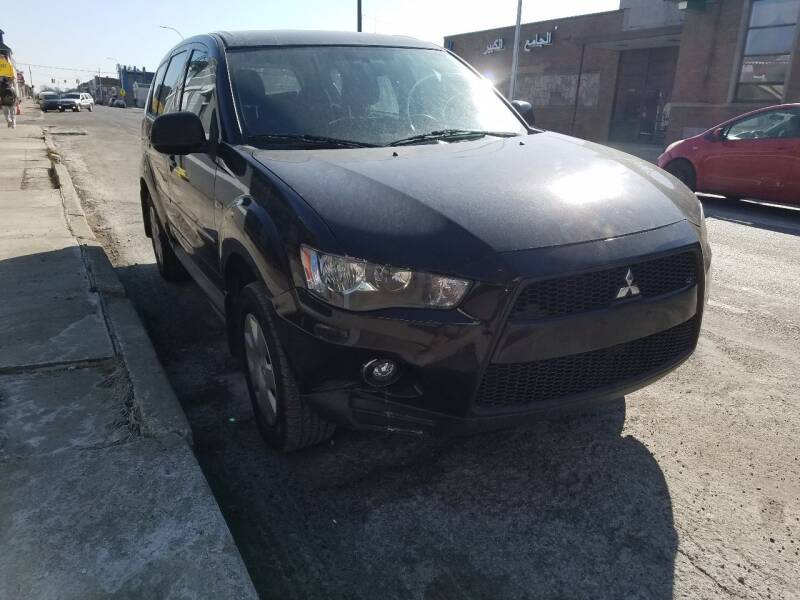 2010 Mitsubishi Outlander for sale at The Bengal Auto Sales LLC in Hamtramck MI