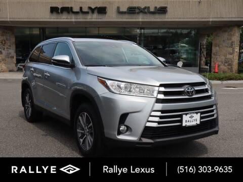 2019 Toyota Highlander for sale at RALLYE LEXUS in Glen Cove NY