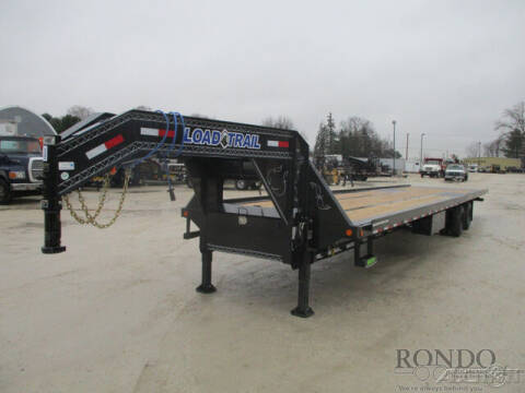 2021 Load Trail Gooseneck GT0240122 for sale at Rondo Truck & Trailer in Sycamore IL
