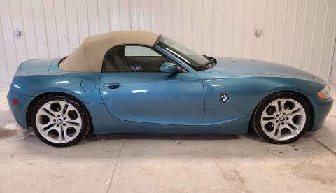 2004 BMW Z4 for sale at Ubetcha Auto in St. Paul NE