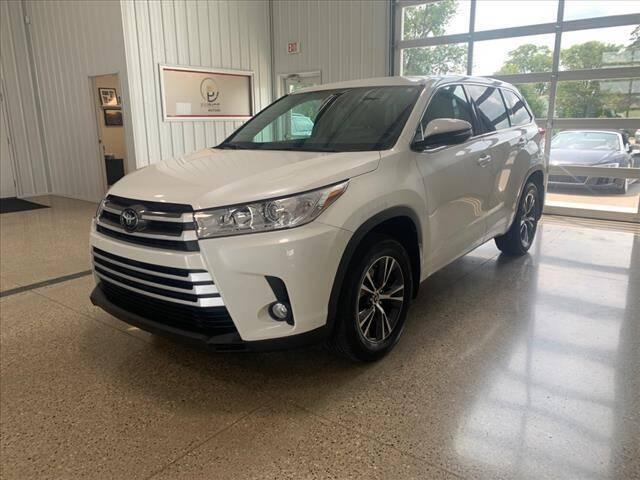 2018 Toyota Highlander for sale at PRINCE MOTORS in Hudsonville MI