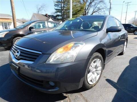 2009 Nissan Altima for sale at D & T Auto Sales, Inc. in Henderson KY