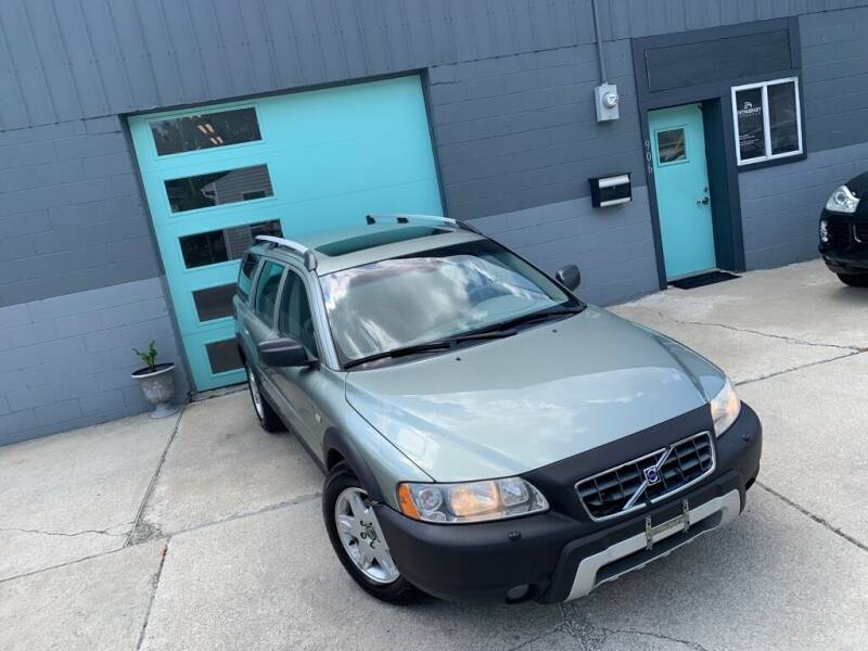2006 Volvo XC70 for sale at Enthusiast Autohaus in Sheridan IN