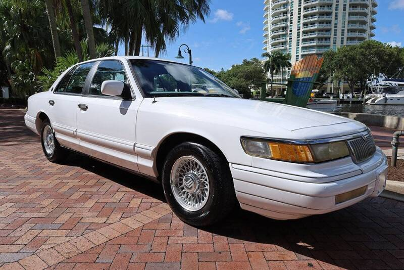 1993 Mercury Grand Marquis for sale at Choice Auto in Fort Lauderdale FL
