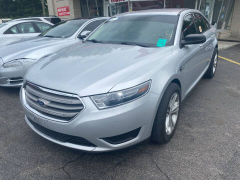 2017 Ford Taurus for sale at Right Place Auto Sales in Indianapolis IN