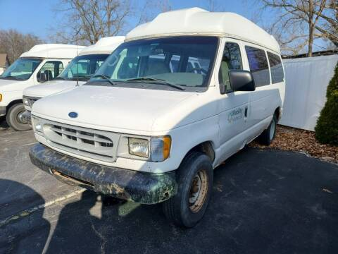 2002 Ford E-Series Cargo for sale at Mighty Motors in Adrian MI