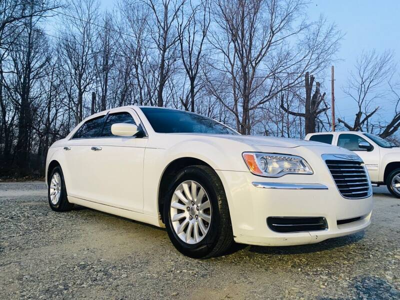 2013 Chrysler 300 for sale at Charlie's Used Cars in Thomasville NC