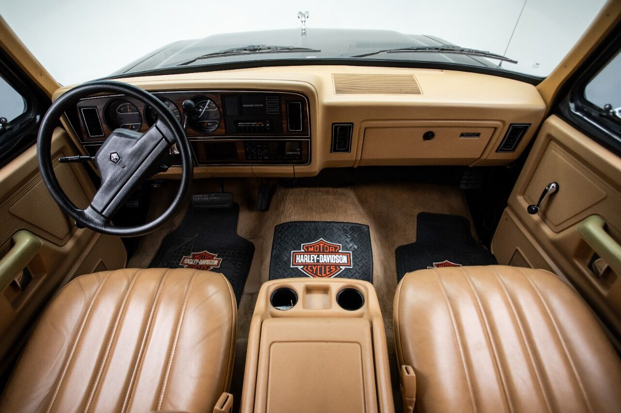 1989 Dodge Ramcharger 43