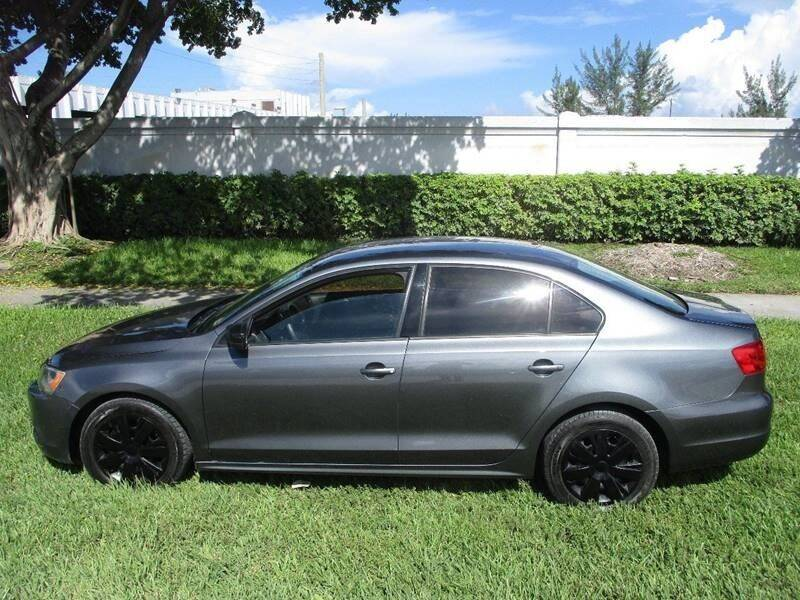 2013 Volkswagen Jetta for sale at Roadmaster Auto Sales in Pompano Beach FL