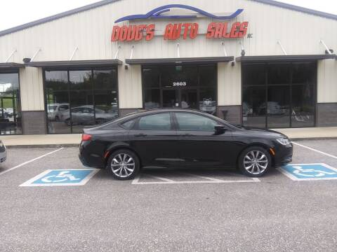 2015 Chrysler 200 for sale at DOUG'S AUTO SALES INC in Pleasant View TN