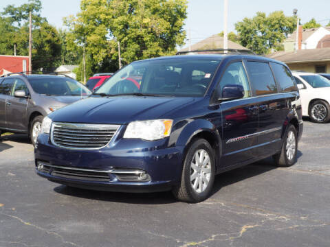 2015 Chrysler Town and Country for sale at Tom Roush Budget Westfield in Westfield IN