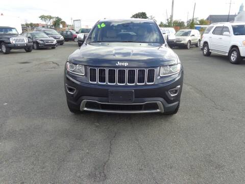 2016 Jeep Grand Cherokee for sale at Merrimack Motors in Lawrence MA